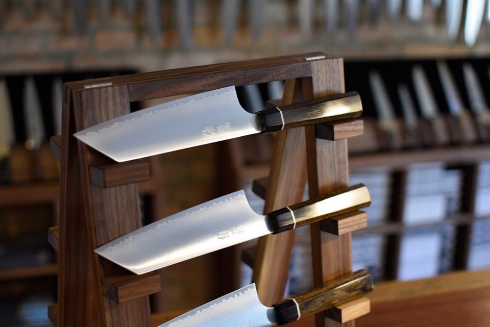 Japanski nož Oštar rub 2
